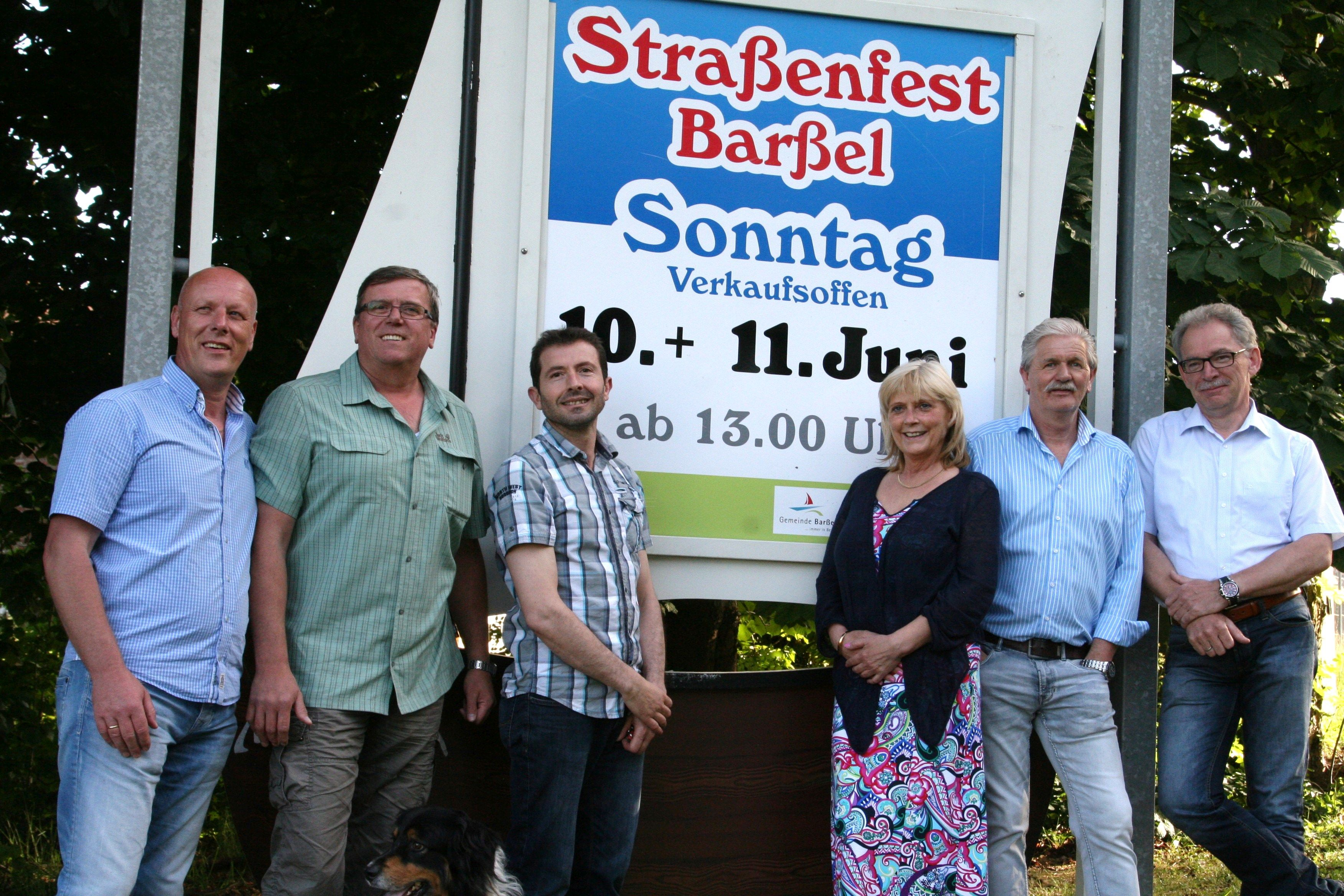 Gruppenfoto des Orga-Teams vom Straßenfest in Barßel 2017.