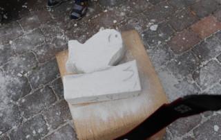 Aus den Ytong-Steinen wurden z.B. Fische gemeißelt. Aufnahme: Wlodarczyk/Gemeinde Barßel